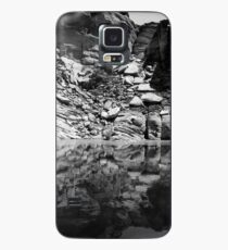 Canyon Wall Reflection at Lake Powell ~ Black & White Case/Skin for Samsung Galaxy