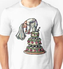 Bride Decorates Her Own Wedding Cake T-Shirt
