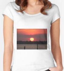 Island Park Big Sun Ball Sunset Women's Fitted Scoop T-Shirt