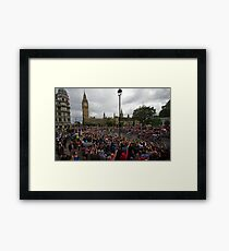 Tour de France à Londres Framed Print