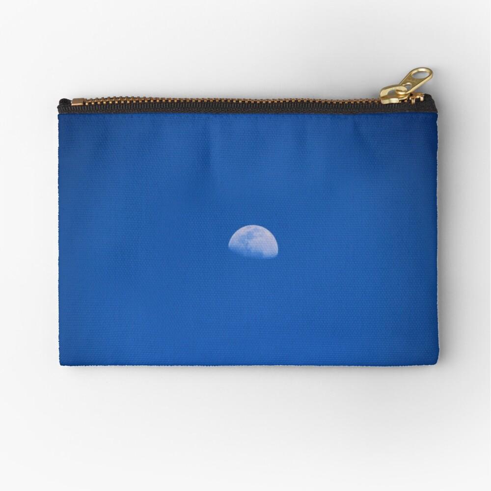Luna sobre Rio Frio Bolsos de mano