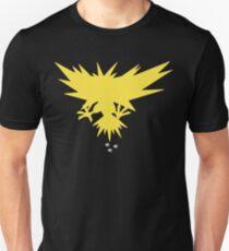 Zapdos - Near By   PokemonGO T-Shirt