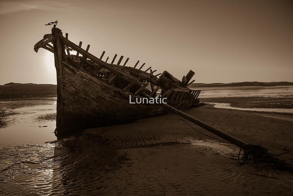 Bunbeg, County Donegal, Ireland by Lunatic