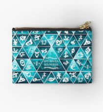 Blackthorn Family Motto Mosaic Studio Pouch