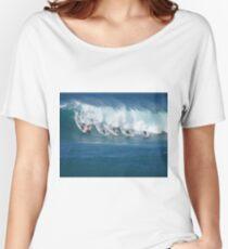 Waimea Bay Crowd Women's Relaxed Fit T-Shirt