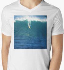 Crazy Day at Waimea Bay Men's V-Neck T-Shirt