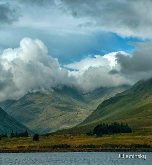 Cloudy afternoon in Connemara by JBlaminsky