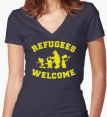 Refugees Welcome Women's Fitted V-Neck T-Shirt