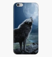 Howling Wolf iPhone-Hülle & Cover