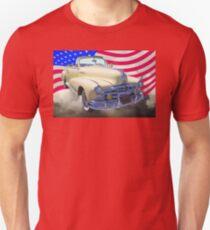 1948 Pontiac Silver Streak With American Flag Unisex T-Shirt