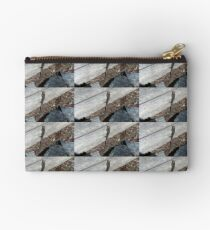Eastern Water Skink - Blue Mountains Studio Pouch