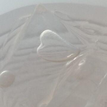 Heart Bubble in Ice by karriezenz