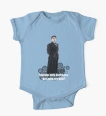 Captain Jack Harkness : Who are you ? One Piece - Short Sleeve