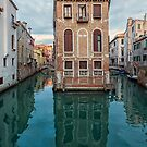 Living on a Venice intersection by Vicki Moritz