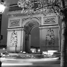 Arc de Triomphe by Rosalee Lustig