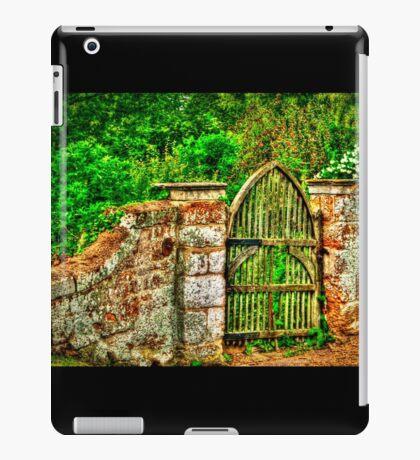 The Old Garden Gate (HDR) iPad Case/Skin