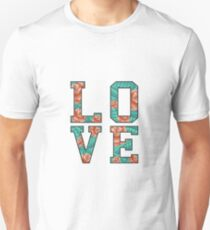 LOVE ROSE  Unisex T-Shirt