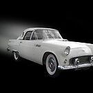 White Thunderbird Classic car on black von Irisangel