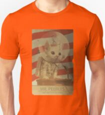 Mr. Pebbles - The first cat in space T-Shirt