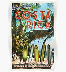 Surfen in Costa Rica ist nicht einfach. Poster