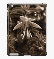 monochrome fuschia iPad Case/Skin