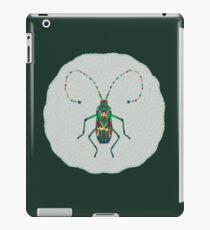 Green Insect Design iPad Case/Skin