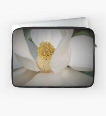 Magnolia macro Laptop Sleeve