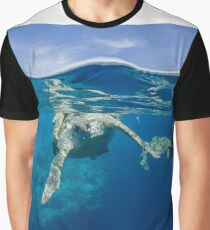 Sea turtle mating Graphic T-Shirt