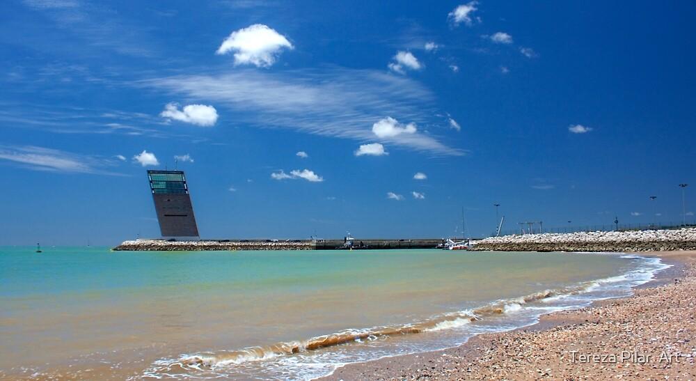Algés beach. by terezadelpilar ~ art & architecture