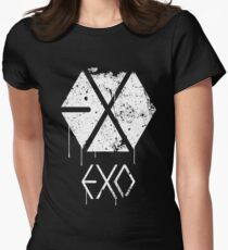 EXO GRUNGE SPRAYPAINT Women's Fitted T-Shirt