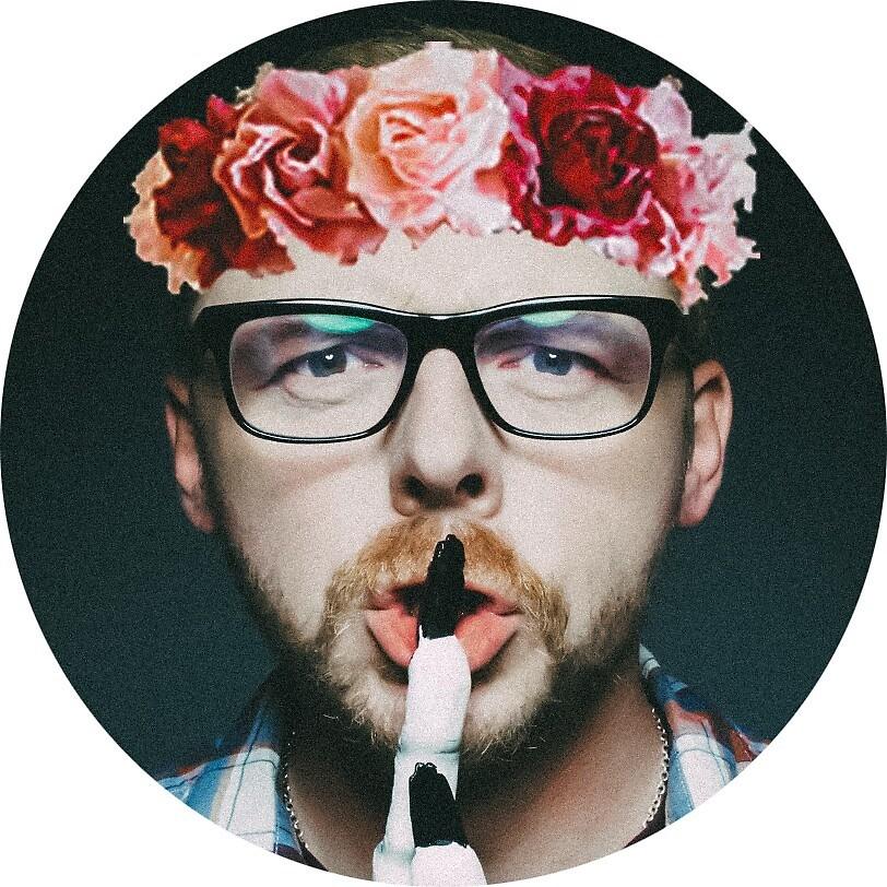 Simon Pegg Flower Crown by dannihadi