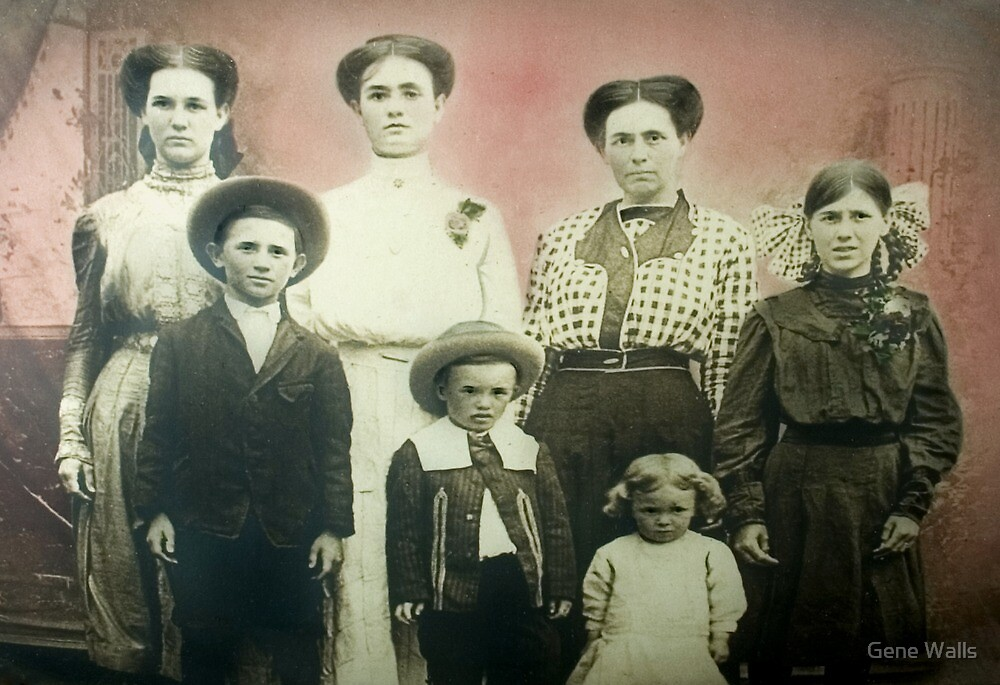 The Findley Family by Gene Walls