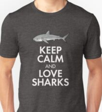 Keep calm and love sharks REVERSED Unisex T-Shirt