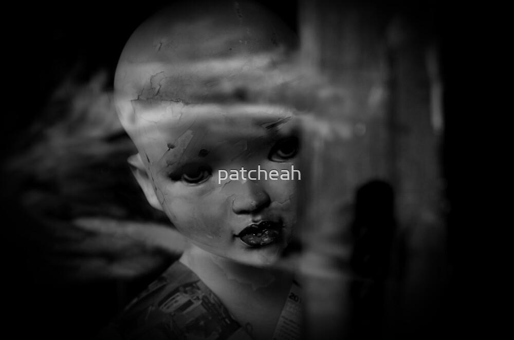 Peekaboo by patcheah