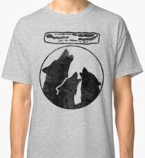 Wolves Howl for Bacon - Everybody Loves Bacon Classic T-Shirt