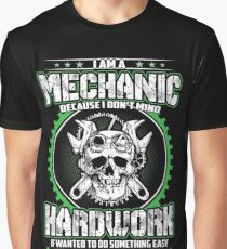 IM A MECHANIC Graphic T-Shirt