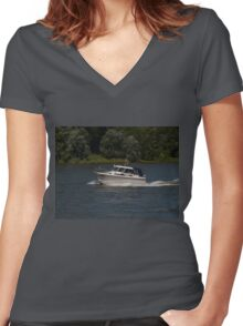 Small Cabin Cruiser Women's Fitted V-Neck T-Shirt