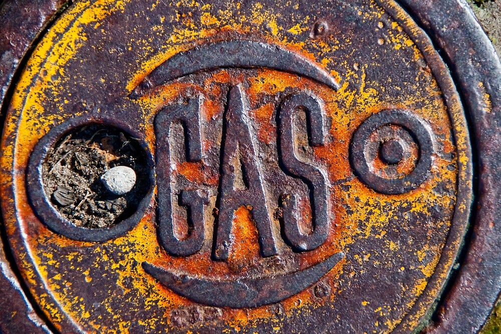 Gas-3 by ScaredylionFoto