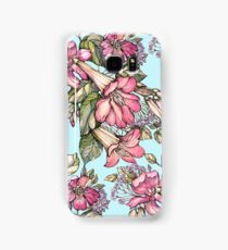 Red Trumpet Vine flowers on blue Samsung Galaxy Case/Skin