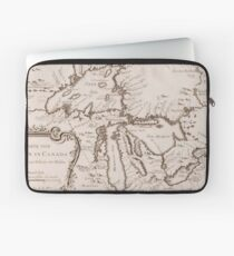 Vintage Map of The Great Lakes (1757) Laptop Sleeve