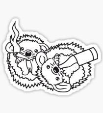 2 freunde team paar kiffen drogen weed joint rauchen kiffer cannabis hanf betrunken saufen durstig party trinken flasche bier alkohol betrinken igel süß niedlich cool klein  Sticker