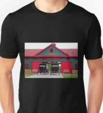 Grand Carriages I Unisex T-Shirt