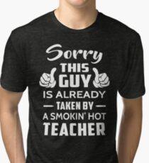 Entschuldigung Dieser Typ wird von einem Smokin Hot Teacher genommen Vintage T-Shirt