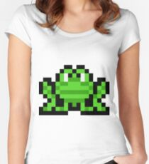 Pixel Frogger Women's Fitted Scoop T-Shirt