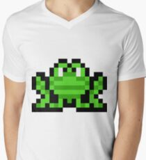 Pixel Frogger Men's V-Neck T-Shirt