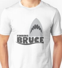 Finding Bruce (Finding Dory inspired horror) T-Shirt