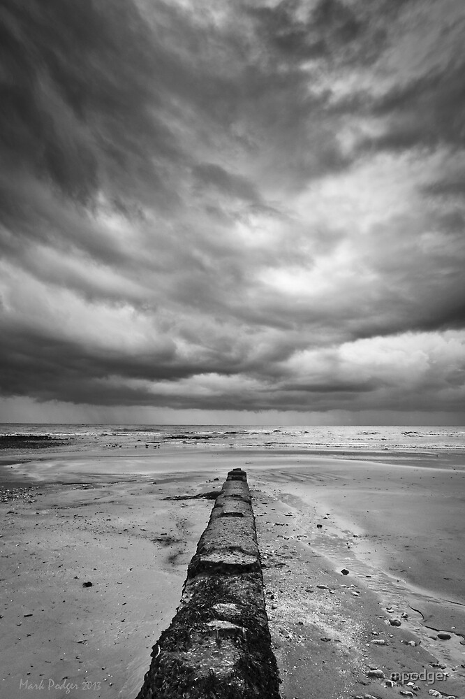 Charmouth Beach by mpodger