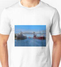 Ojibway, CSS Assinboine, Hon James Oberstar T-Shirt