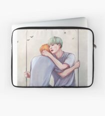Yoonmin Commission  Laptop Sleeve