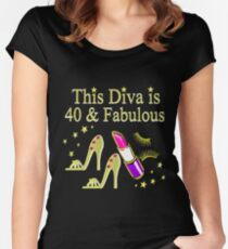 GOLD SPARKLING FABULOUS 40TH DESIGN Fitted Scoop T Shirt